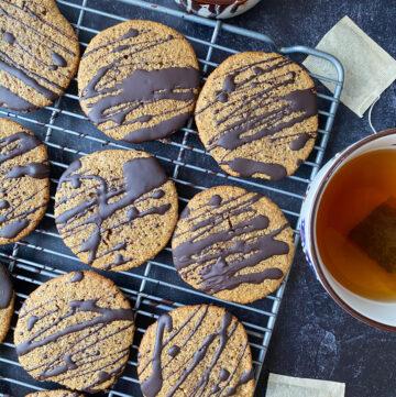 White Tea Cardamom Cookies