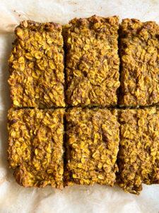 Healthy Pumpkin Oatmeal Breakfast Bars