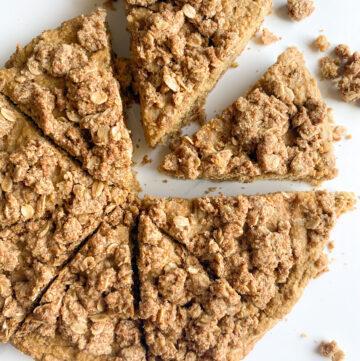 Healthy-Cinnamon-Apple-Crumb-Cake