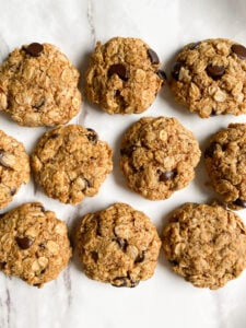 Almond Flour Oatmeal Chocolate Chip Cookies
