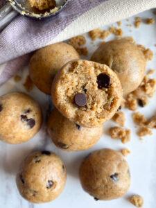 Healthy No Bake Cookie Dough Bites
